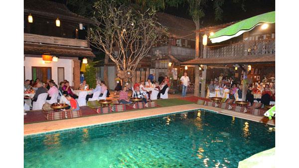 Die Swiss Lanna Society Chiang Mai feiert Weihnachten in gediegenem Rahmen und wenn möglich im Freien.